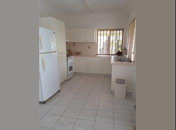 EasyRoommate AU - Granny Flat for rent, Landsborough - $250 pw