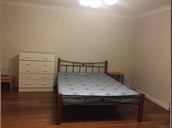 EasyRoommate AU - Big master room for rent , Blackbutt - $220 pw