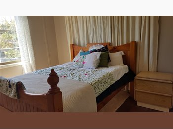 EasyRoommate AU - Quiet, relaxing cottage garden style home, Furnissdale - $150 pw