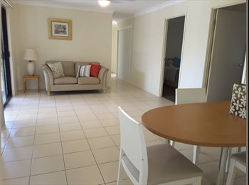 EasyRoommate AU - Room to rent loganlea main room , Daisy Hill - $180 pw