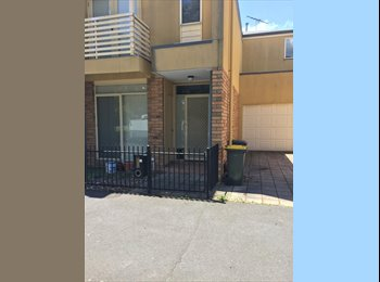 EasyRoommate AU - Room for rent, Parkville - $195 pw