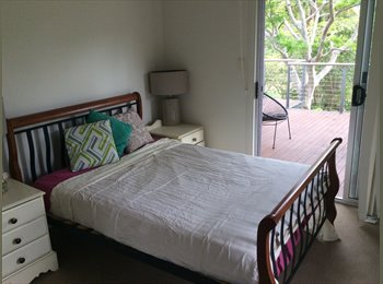 EasyRoommate AU - Acreage living 15 minutes to the M1, Willow Vale - $150 pw