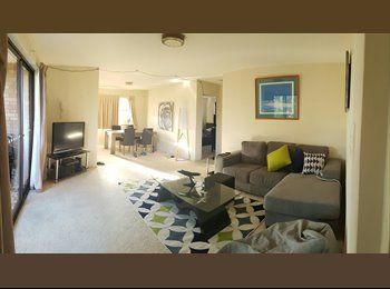 EasyRoommate AU - 1 Bedroom in Share Flat, Foxtel & Internet Included., Red Hill - $180 pw