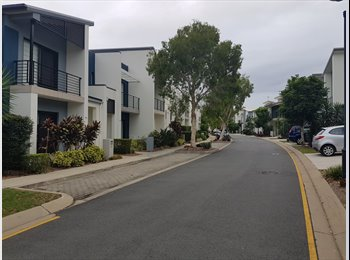 EasyRoommate AU - Room for rent for clean reliable female , Carina - $150 pw