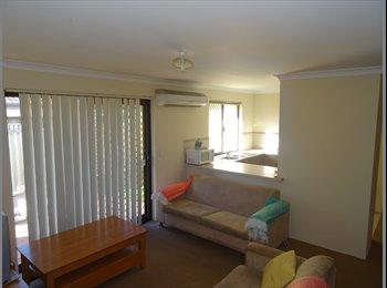 EasyRoommate AU - Single Room, Beveridge Street, Bentley, St James - $140 pw