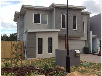 EasyRoommate AU - Birtinya  New 2 story house 500m to Kawana Hospital , Sunshine Coast - $300 pw