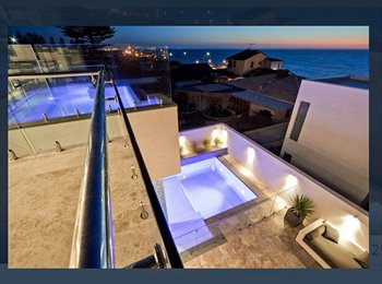 EasyRoommate AU - Luxury $3mill residence with 180 views from the infinity pool!, North Beach - $450 pw