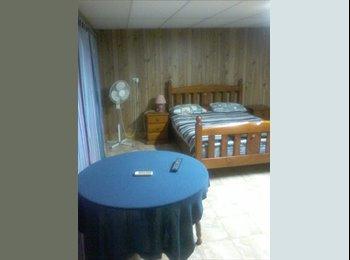 EasyRoommate AU - Share accommodation 16 tamarind , Whitfield - $140 pw