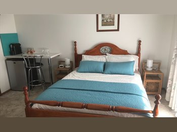 EasyRoommate AU - Queen room for rent, Botanic Ridge - $250 pw