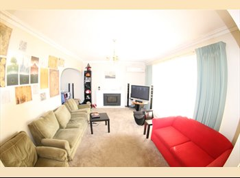 EasyRoommate AU - Best house in Nunawading! Walk to the train, Forest Hill - $160 pw