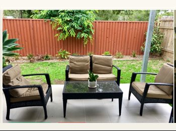 EasyRoommate AU - Room for rent in near new townhouse , Kurwongbah - $200 pw