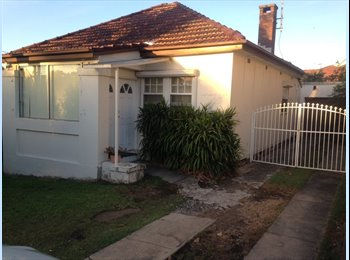 EasyRoommate AU - Great home with big backyard in Bexley, Penshurst - $260 pw