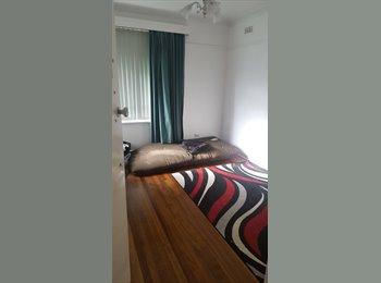 EasyRoommate AU - Room in Mentone sharehouse, Black Rock - $150 pw