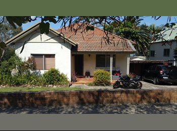 EasyRoommate AU - On the bay...waterviews..., Cabarita - $300 pw