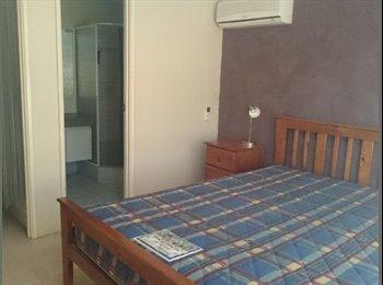 EasyRoommate AU - MAIN BEDROOM/ ENSUITE in SWAN VIEW! (Jane Brook End), Greenmount - $180 pw