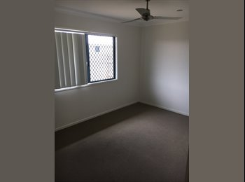 EasyRoommate AU - Room for Rent in Bushland Beach, Bluewater - $150 pw