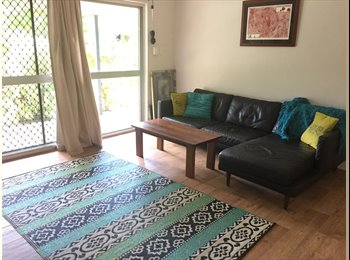 EasyRoommate AU - Clean, furnished house. Looking for flatmate while we are away!, Manoora - $130 pw