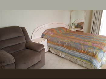 EasyRoommate AU - Bright clean double Master Bedroom with private en-suite , Kingston - $320 pw