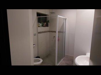 EasyRoommate AU - Room for rent , Coolangatta - $165 pw