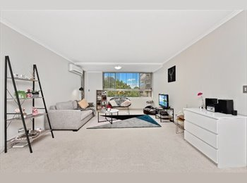 EasyRoommate AU - Own  Bedroom with Own Bathroom Available - a very convenient location! , Cabarita - $310 pw