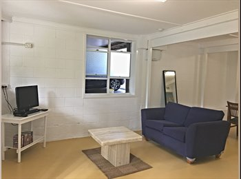 EasyRoommate AU - Private garden unit in a complex of only three dwellings, Red Hill - $180 pw
