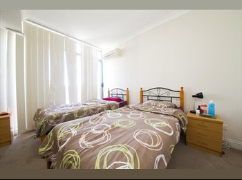 EasyRoommate AU - COUPLE ROOM FOR RENT IN ULTIMO , Darlington - $250 pw