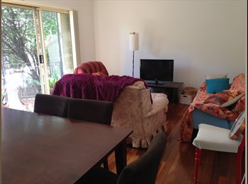 EasyRoommate AU - Quiet apartment close to UNSW, Kingsford - $320 pw