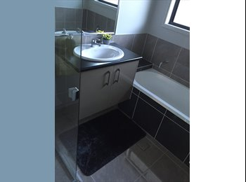 EasyRoommate AU - Room for rent with own toilet and bathroom , Kurwongbah - $180 pw