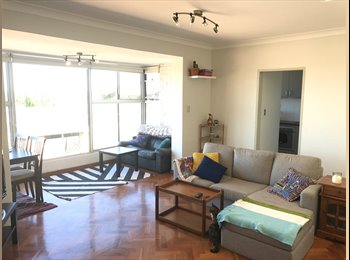 EasyRoommate AU - Room available in sun-filled apartment., Kingsford - $307 pw