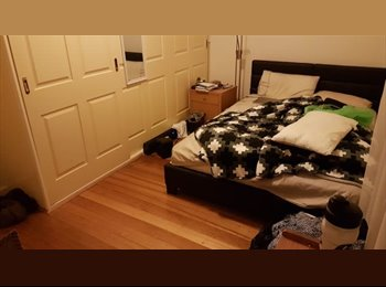 EasyRoommate AU - House to share 15mins drive to cbd , Williamstown - $170 pw
