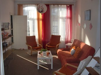 Appartager BE - petite chambre meublée ds Appart/small furnished room     wifi  , Saint Gilles Sint Gillis - 370 € pm