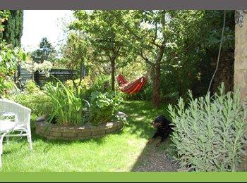 Appartager BE -  CHAMBRES  dans  maison située dans un grand parc., Mons - 400 € pm