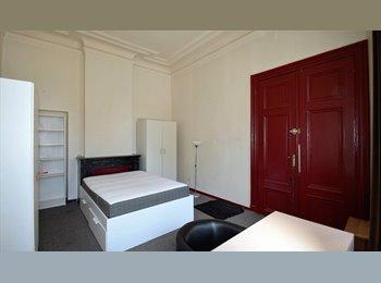 Appartager BE - Chambre dans maison communautaire internationale, Saint Gilles Sint Gillis - 465 € pm