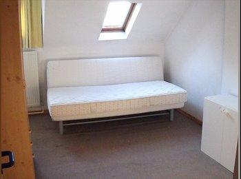 Appartager BE - maison au centre de waterloo, Waterloo - 450 € pm