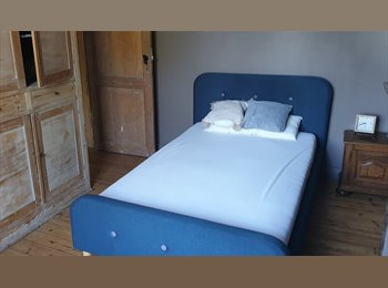 Appartager BE - Chambre à louer, Charleroi - 350 € pm
