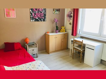 Appartager BE - room for rent/chambre à louer: 430 € + 55€ bills, Forest-Vorst - 430 € pm