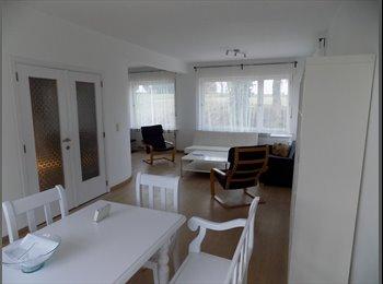 Appartager BE - 1 chambre rénovée  - Kraainem près de l'UCL Alma, Wezembeek-Oppem - 400 € pm