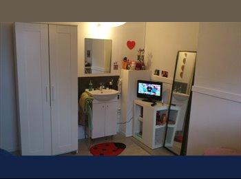 Appartager BE - Chambres avec lavabo dans colocation 100 mètres CHWAPI, Tournai - 335 € pm