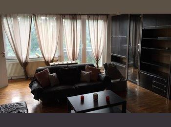 Appartager BE - Nouvel appartement pour 2 etudiantes, Liège - 280 € pm