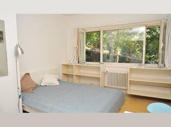 Appartager BE - chambre à louer dans villa, Rhode-Saint-Genèse - 300 € pm