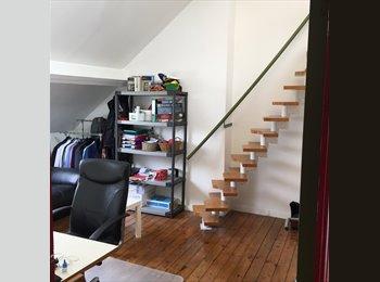 Appartager BE - big room  with mezannine, near of Metro, Supermarket, Molenbeek Saint Jean - Sint Jans Molenbeek - 300 € pm