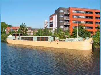 Appartager BE - Living on a boat, Gand - 500 € pm