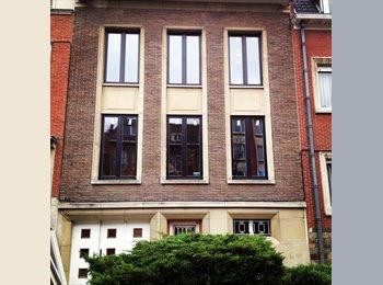 Appartager BE - Cherche Colocataire - jolie maison confortable avec jardin, Forest-Vorst - 600 € pm