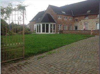 Appartager BE - Chambre chez l'habitant proche de Gosselies,Nivelles,Lalouviere,Charleroi., Chapelle-lez-Herlaimont - 400 € pm