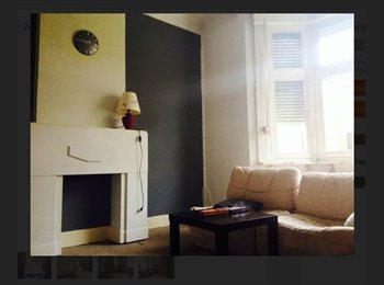 Appartager BE - NOUVEAU; Agréable maison au calme à partager (Coloc), Namur - 370 € pm