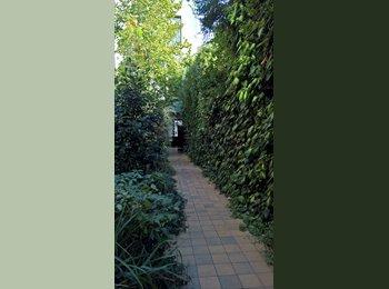 Appartager BE -  chambre à louer  dans une maison  avec jardin  , Forest-Vorst - 450 € pm