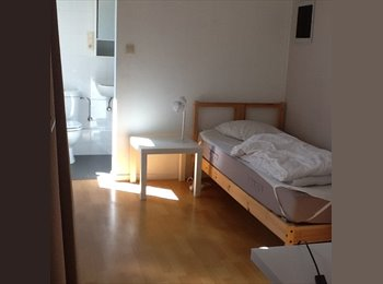 Appartager BE - Chambre étudiant  meublée avec salle de douche et toilette en suite, Auderghem-Oudergem - 500 € pm