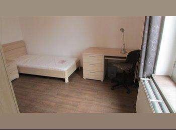 Appartager BE - Chambre meublée proche Samaritaine, IPKN Condorcet,Helha, Charleroi - 330 € pm