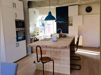 Appartager BE - Place Flagey apart with terrace, double room 580Euro, Ixelles-Elsene - 580 € pm