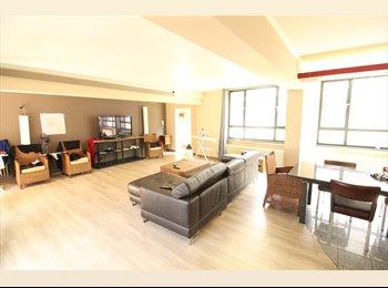 Appartager BE - Super chambre à prendre dans un loft meublé , Watermael Boitsfort - Watermaal Bosvoorde - 600 € pm